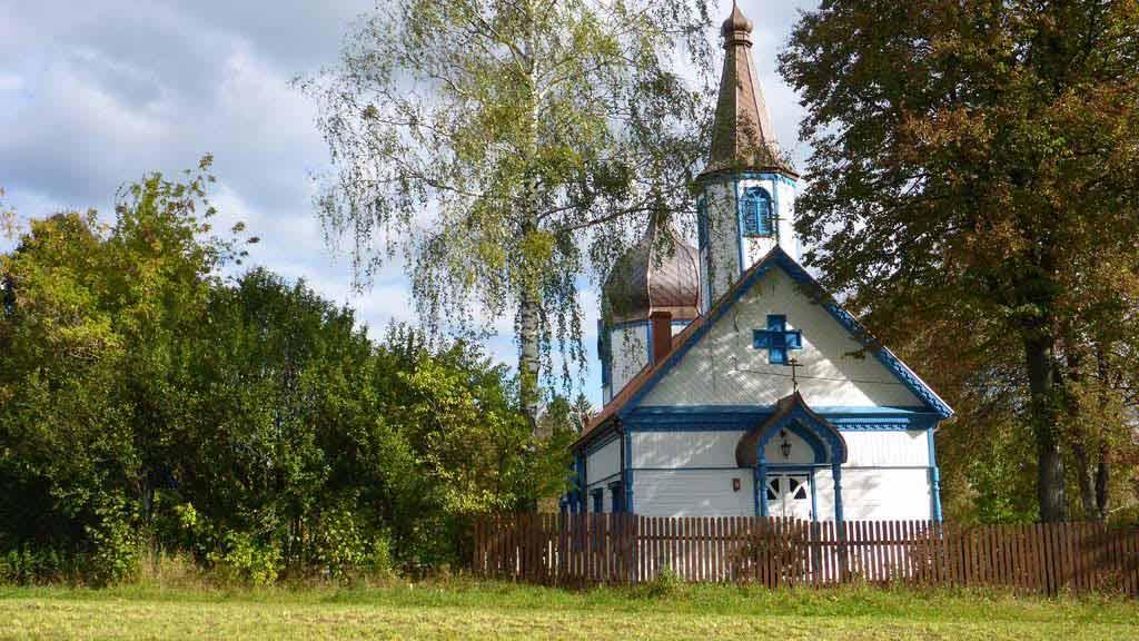Trasa rowrowa koło wsi Rosocha i Wojnowo - Cerkiew Prawoslawna w Wojnowie