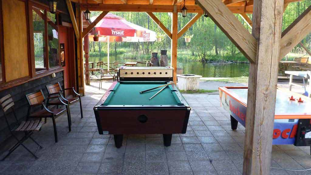 Stanica wodna PTTK w Krutyni - stoły do gier