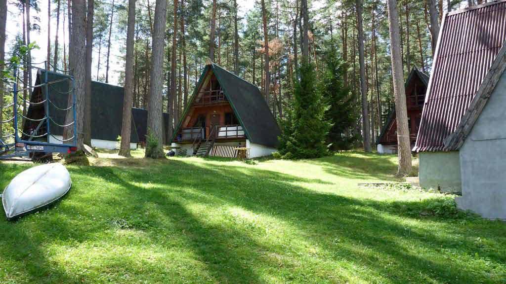 Stanica wodna w Babiętach - domki campingowe typu Brda