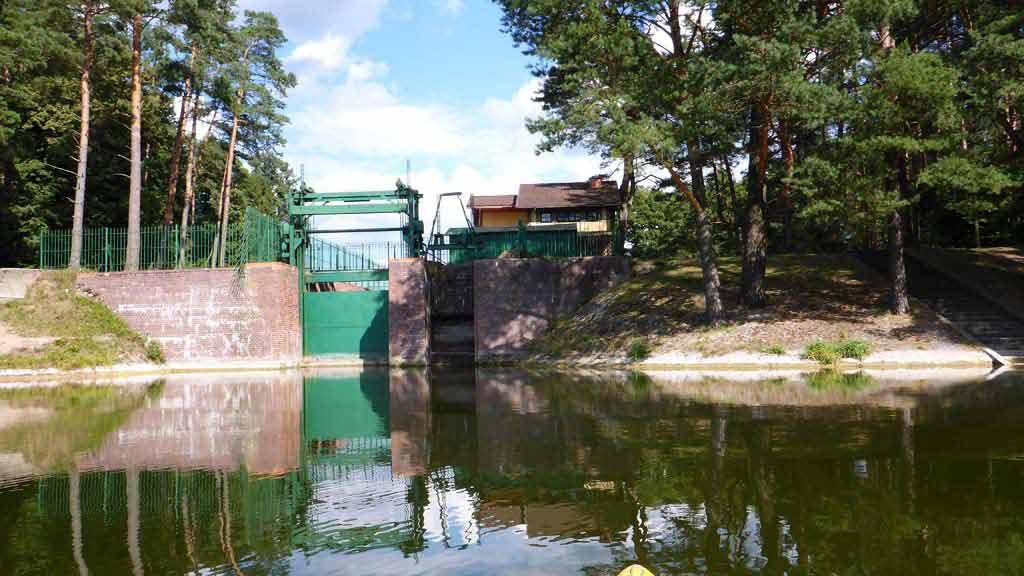 Szlak rzeki Krutyni - śluza Lalka na jeziorze Zyzdrój Mały