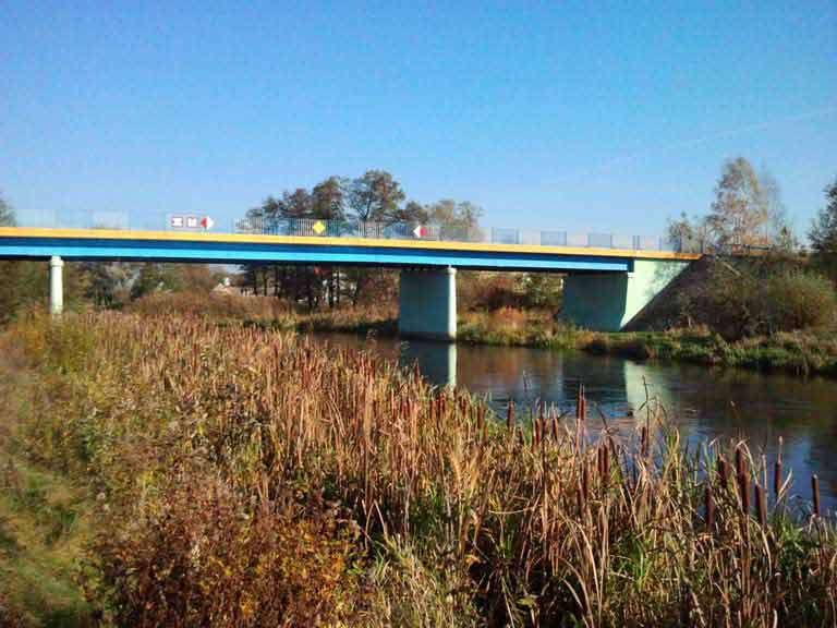 Szlak rzeki Pisy - most drogowy