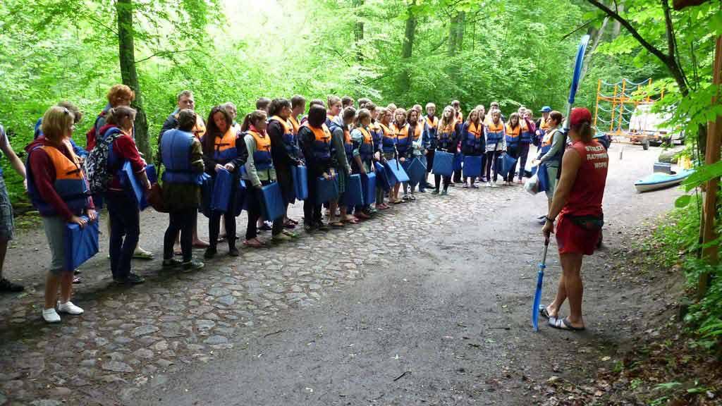 Wypożyczalnia kajaków WODNIAK - szkolenie uczestników spływu przed startem